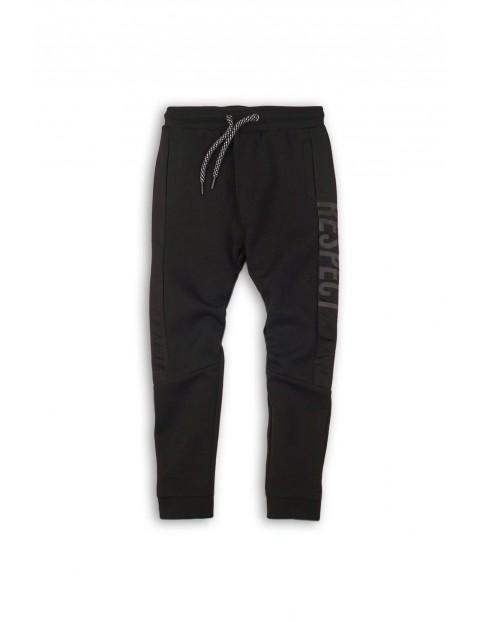 Spodnie dresowe chłopięce 1L34A8
