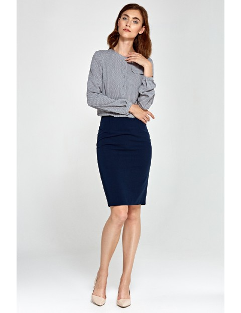 Szara bluzka damska z ozdobną klapą po lewej stronie- szara w kropki