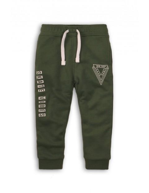 Spodnie dresowe niemowlęce zielone Skate