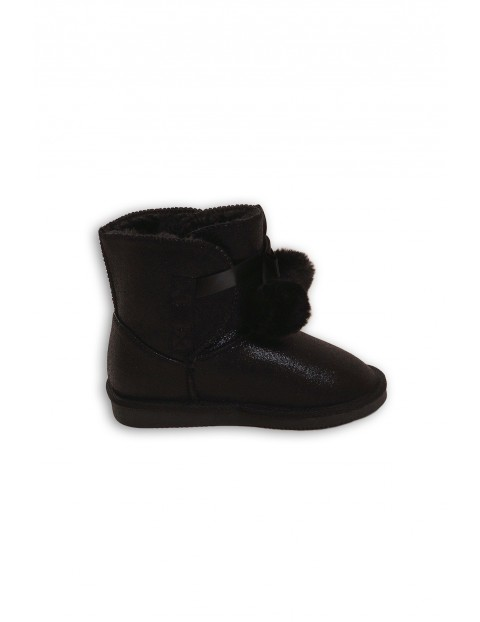 Buty dziewczęce z pomponami - czarne