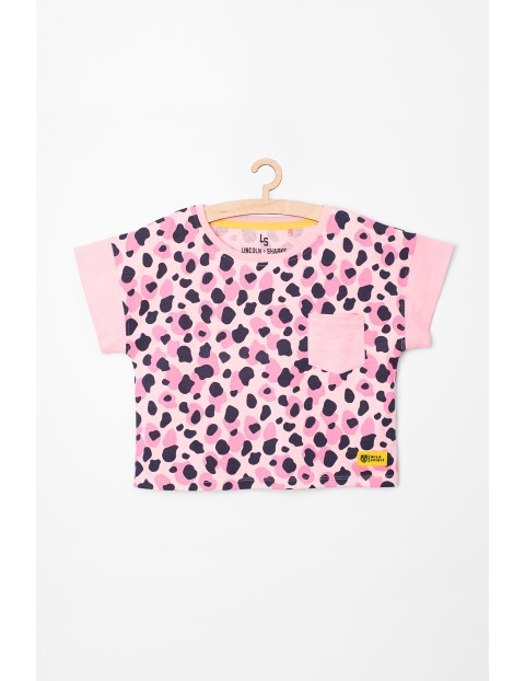 Różowy t-shirt w panterkę