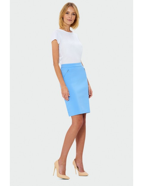 Niebieska spódnica ołówkowa