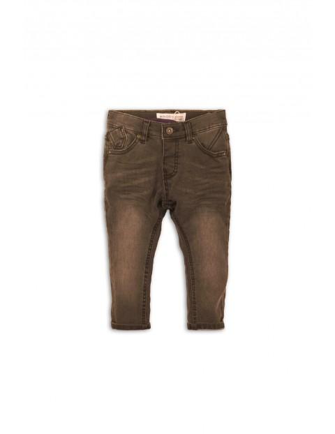Spodnie chłopięce jeansowe z przetarciami