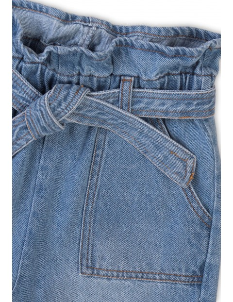 Niebieskie jeansowe spodnie z wysokim stanem