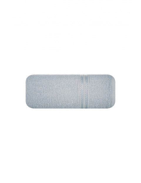 Ręcznik z bordiurą w pasy srebrny 70x140 cm