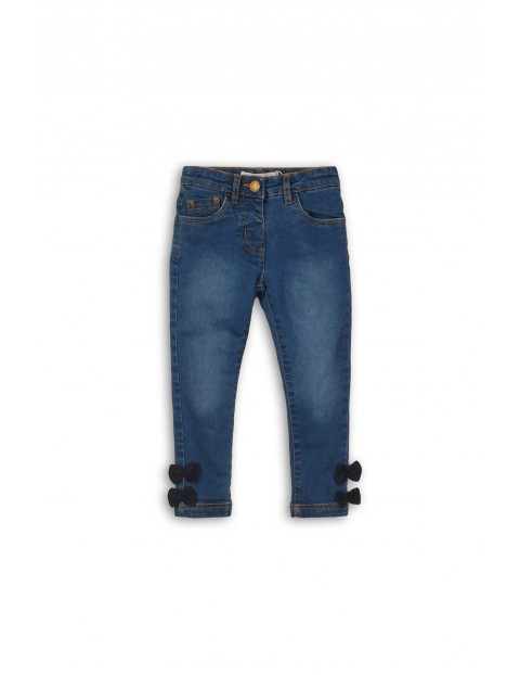 Jeansowe spodnie dla niemowlaka- ozdobne kokardki