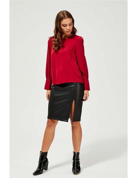 Bluzka damska czerwona z ozdobnymi mankietami