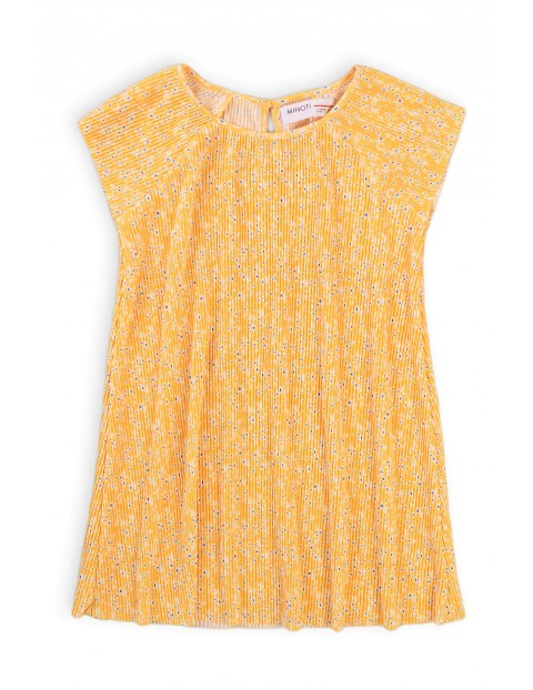 Letnia sukienka dziewczęca o prostym kroju