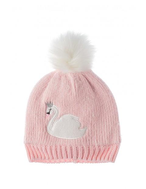 Czapka zimowa- różowa z łabędziem i polarową podszewką