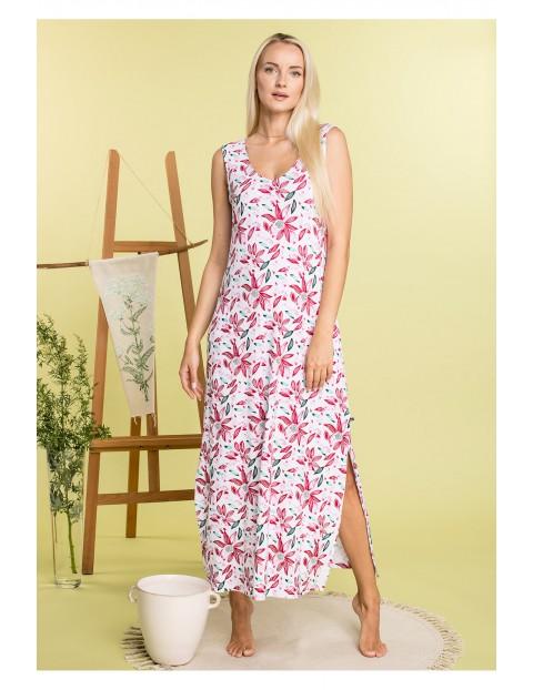 Luźna sukienka w kwiaty z rozcięciami po bokach
