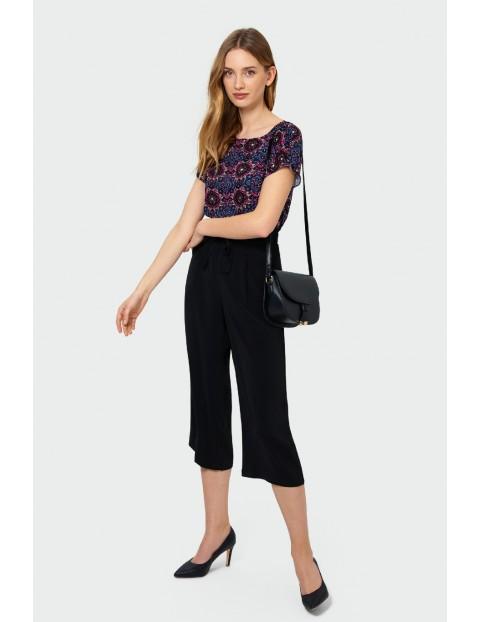 Wiskozowa bluzka damska z nadrukiem i troczkiem