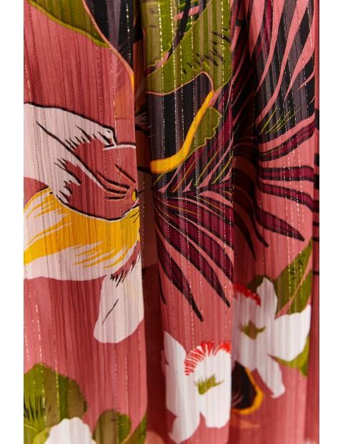 Różowa spódnica damska w kolorowe kwiaty