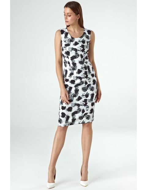 Wzorzysta sukienka bez rękawów- biało-czarna