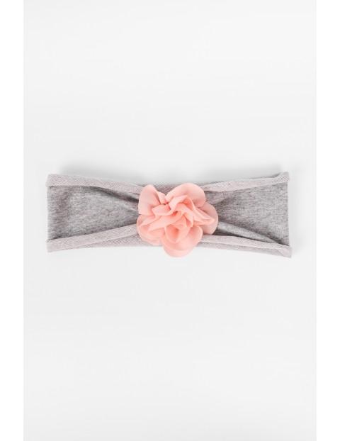 Opaska na głowę szara z różowym kwiatkiem