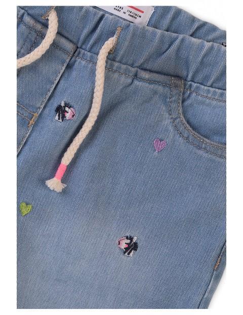 Szorty niemowlęce jeansowe z ozdobnymi haftami