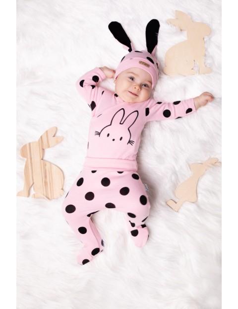 Bawełniana czapka niemowlęca z uszkami- różowa w grochy