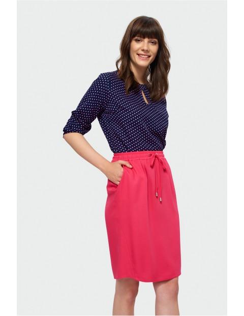 Różowa spódnica do kolan z elastyczną talią