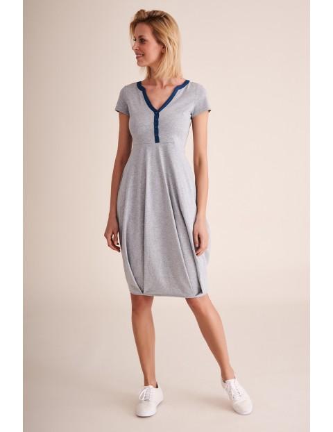 Sukienka dzianinowa bombka z kieszeniami