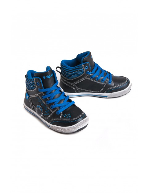 Footwear 2Z2702