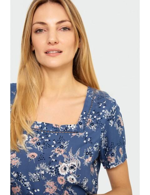 Bluzka damska z krótkim rękawem w kwiaty