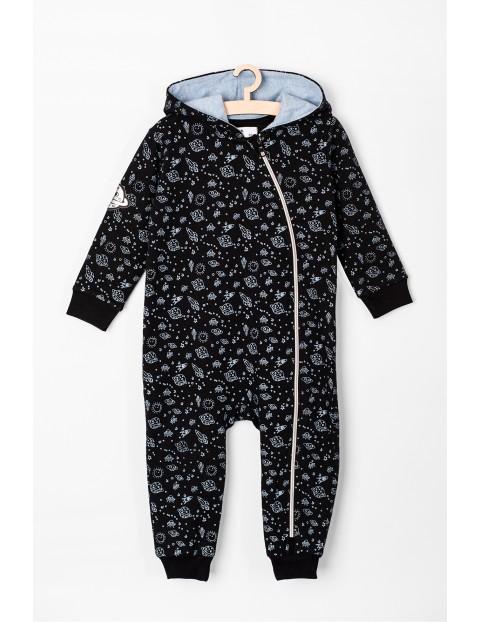 Pajac niemowlęcy dzianinowy w kosmiczny wzór