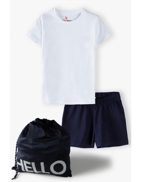 Komplet dziewczęcy gimnastyczny - biały bawełniany t-shirt , granatowe bawełniane spodenki i worek