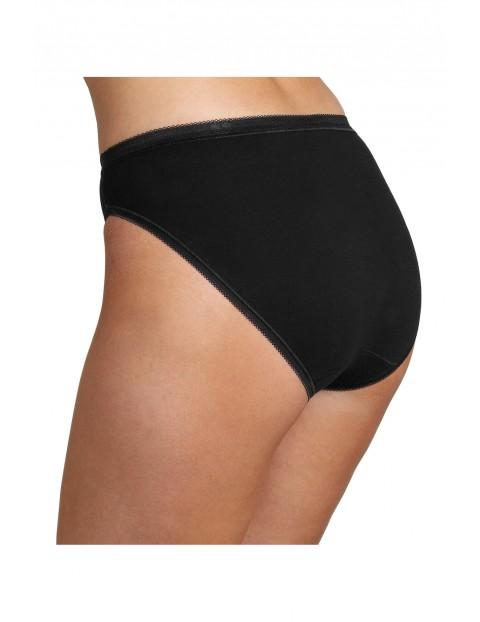 Klasyczne dopasowane majtki damskie - czarne