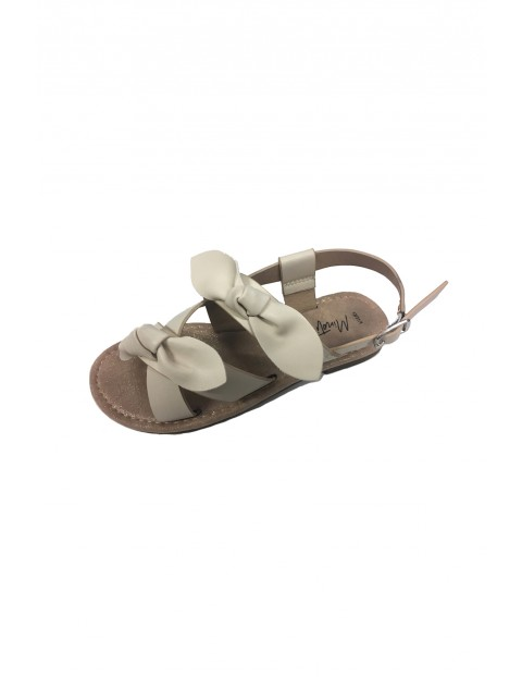 Sandały dziewczęce białe z kokardami