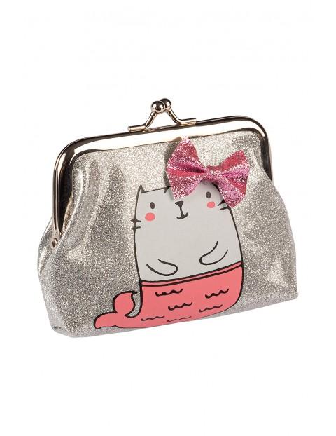 Portfelik dziewczęcy srebrny z różową kokardką