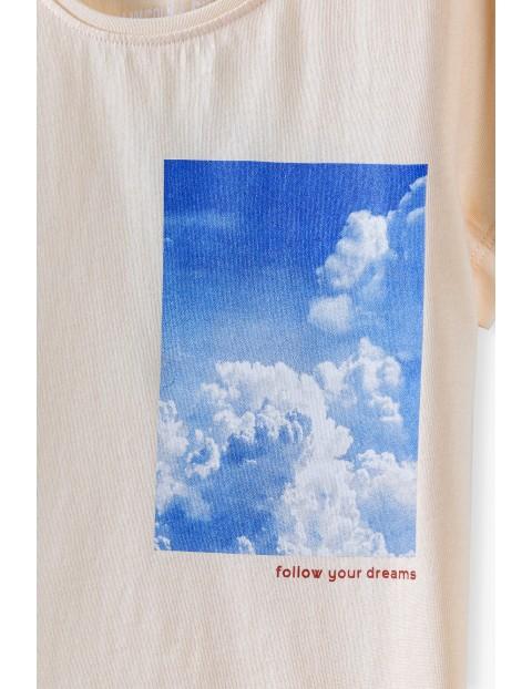 Bawełniany t-shirt dziewczęcy z młodzieżowym nadrukiem