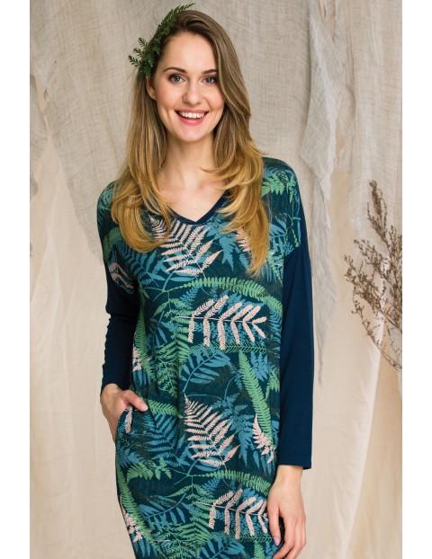 Sukienko-tunika wykonana z miękkiej dzianiny wiskozowej - zielona w liście