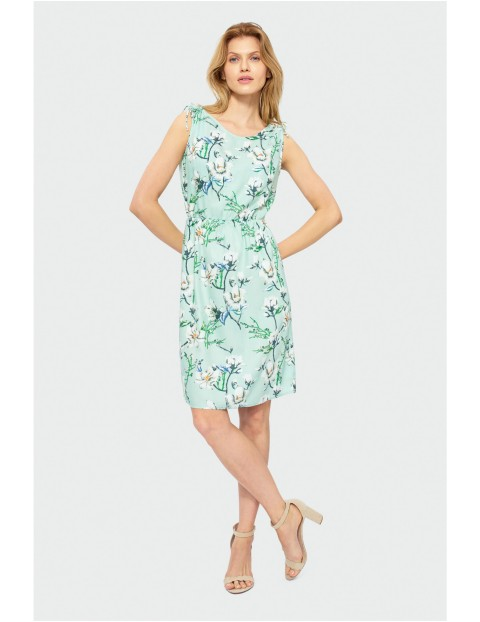 Sukienka do kolan bez rękawów z ozdobnymi wiązaniami na ramionach