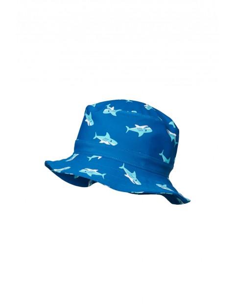 Kapelusz przeciwsłoneczny z filtrem UV rekin