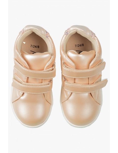 Buty dla dziewczynki- zapinane na rzep