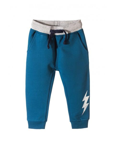 Spodnie dresowe chłopięce 1M3529