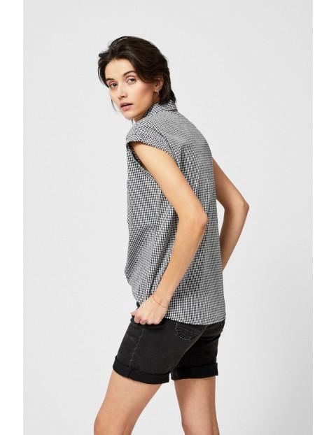 Koszula damska rozpinana z ozdobnym wiązaniem w czarno-białą kratkę