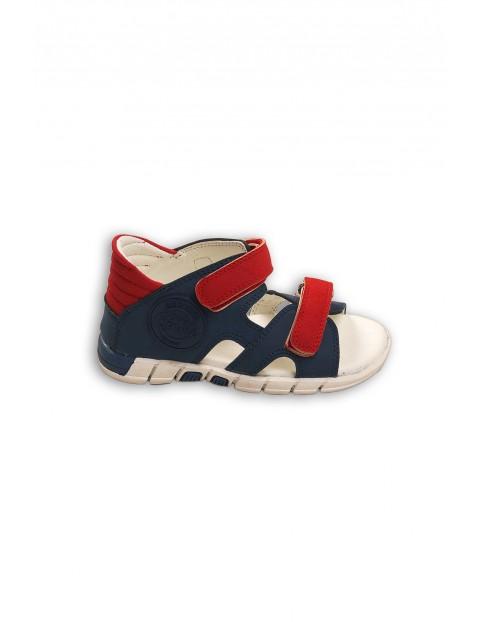 Granatowo-czerwone sandały dla chłopca- zapinane na rzep