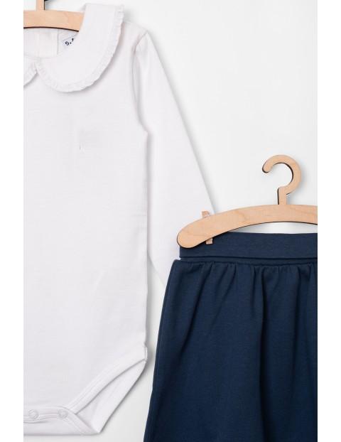 Granatowa spódniczka i białe body z kołnierzykiem- komplet ubrań dla dziewczynki